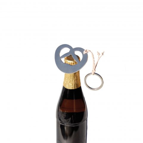 Flaschenöffner und Schlüsselanhänger Bierbrezn